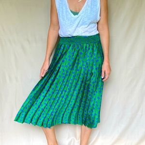 Vintage 70s Pleated Green Floral Skirt